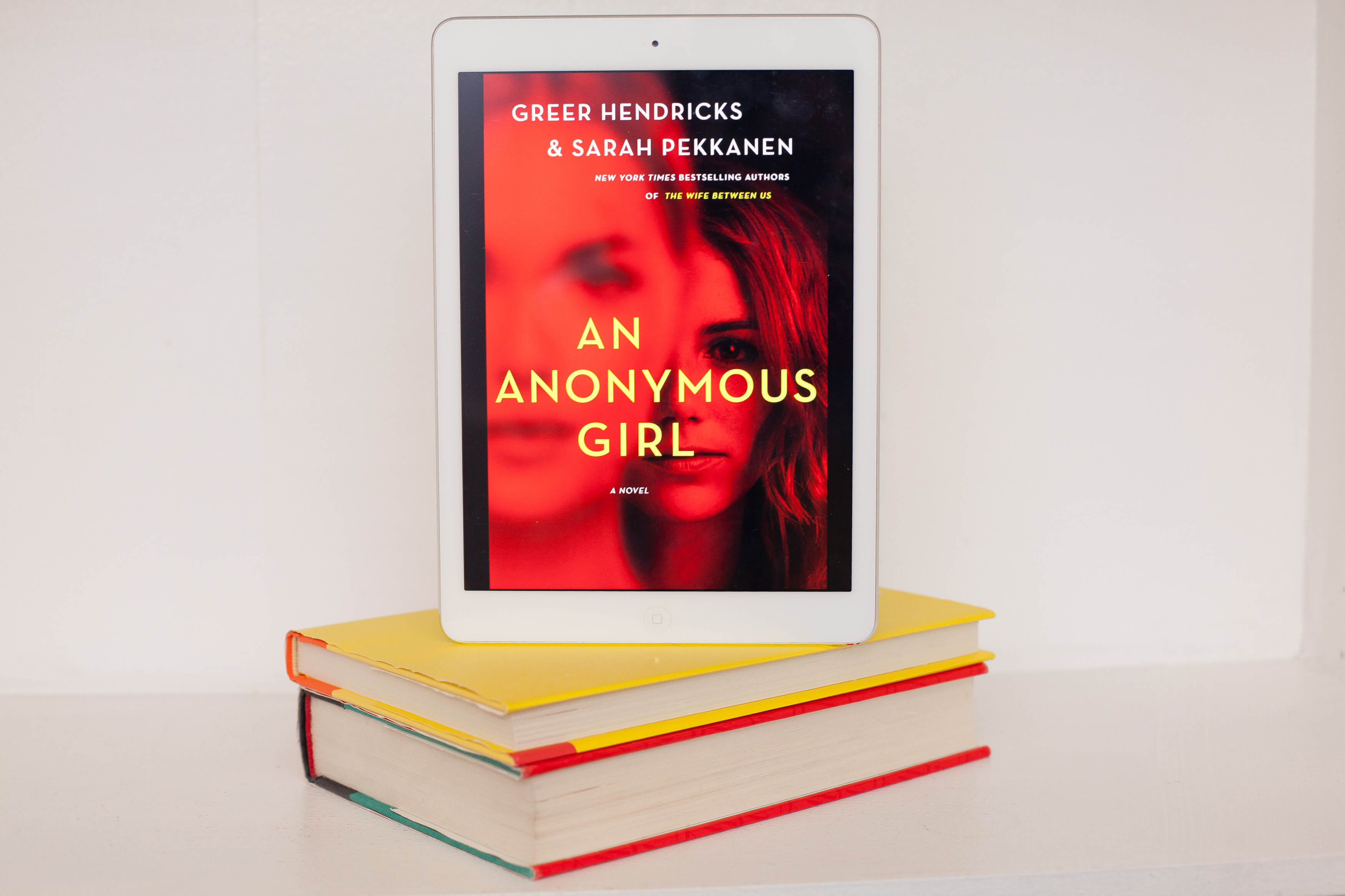 Read Remark book review - An Anonymous Girl - Read Remark